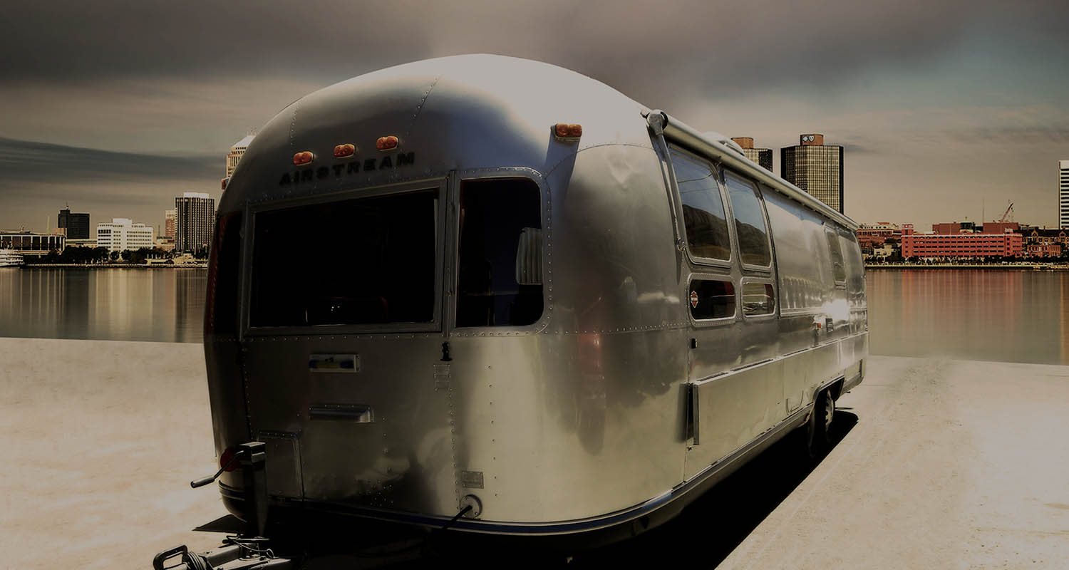 Caravana Airstream long