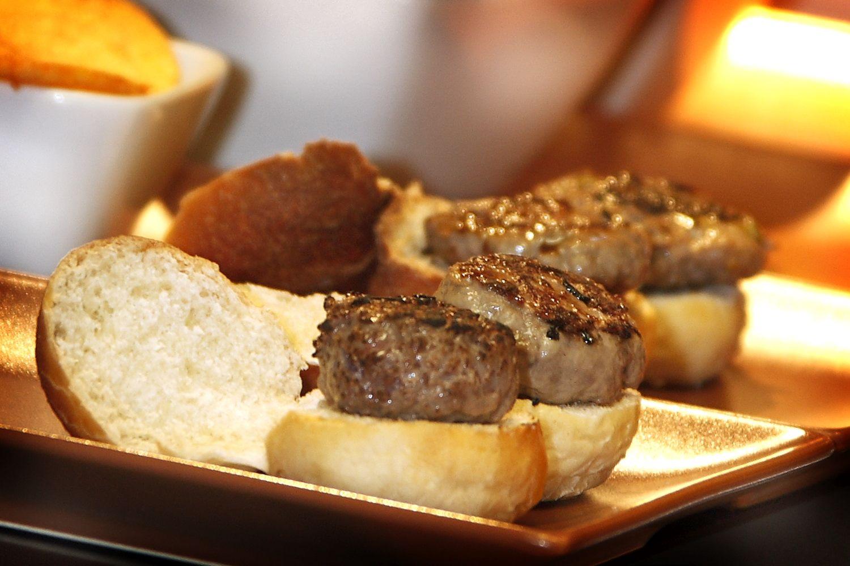 Food-truck-street-trucks-hamburguesa-nostra