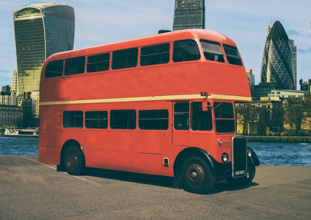 Street trucks alquiler food trucks autob s ingl s leyland for Alquiler de pisos por dias