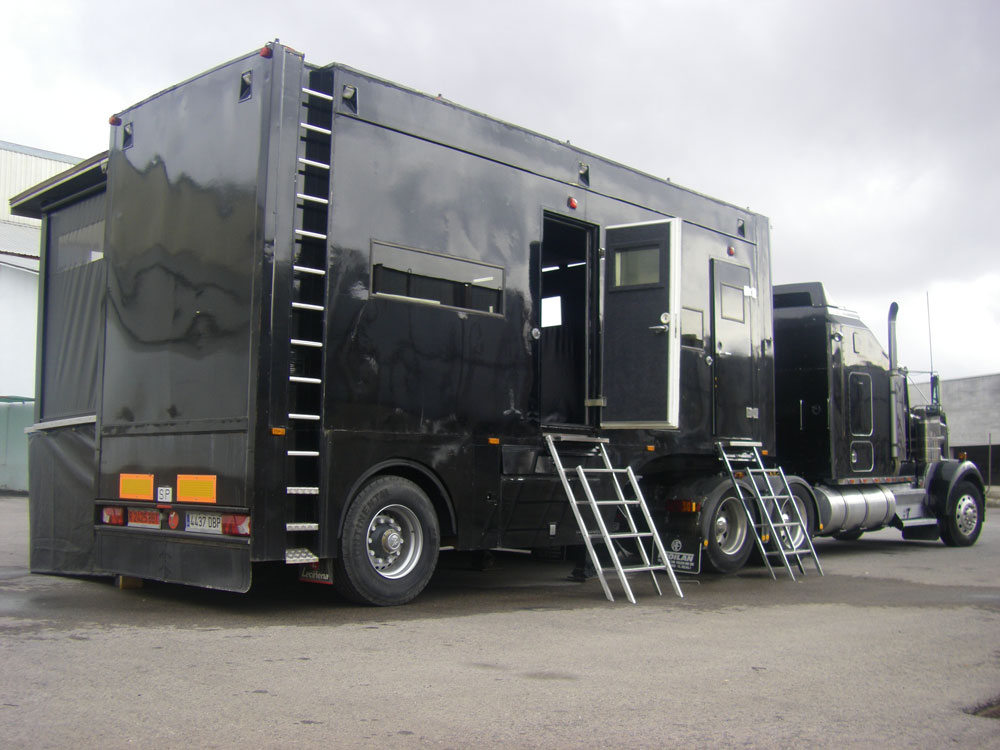 Street-Trucks-Semirremolque-showroad-escenario-Leciñena-B04