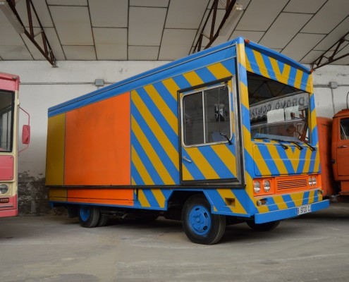 Camión Avia Misar